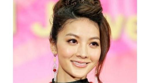 李宗瑞迷奸案涉案女星吴亚馨复出为珠宝展走秀